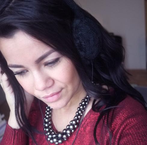 Høretelefoner, ørevarmere, halskæde, vinter