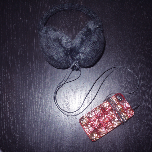 Høretelefoner,-ørevarmere,-SIX, iphone cover, h&M