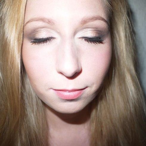 Eye-shadow,-øjenskygge,-party,-fest,-gold,-guld